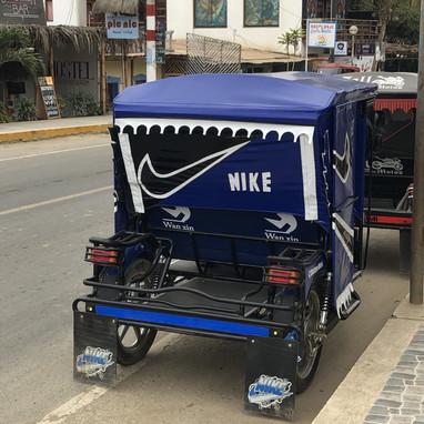 Mototaxi Nike Fait Maison