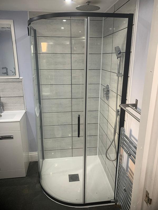 Quadrant shower tray installation