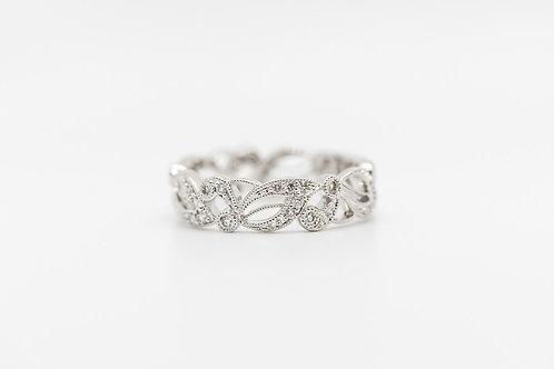 Diamond Wedding Band 18K
