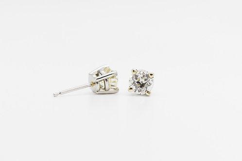 Diamond Stud Earrings 14K