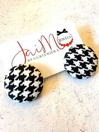 BW Houndstooth button earrings