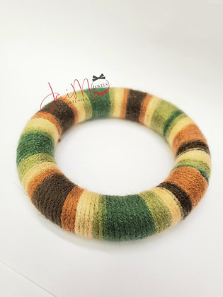 Fatigue yarn bracelet