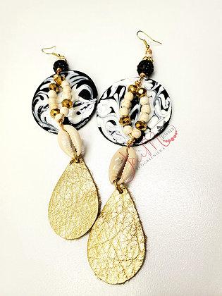 Cowrie Classy hapa earrings