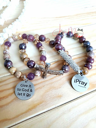 GOD listens bracelet set