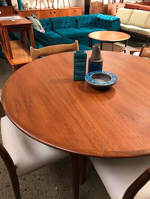 Midcenturymodernfurnituresitepage Brookvale Tangerineandteal - Parker mid century dining table