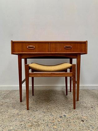 Parker 'Nordic' dresser/desk + stool