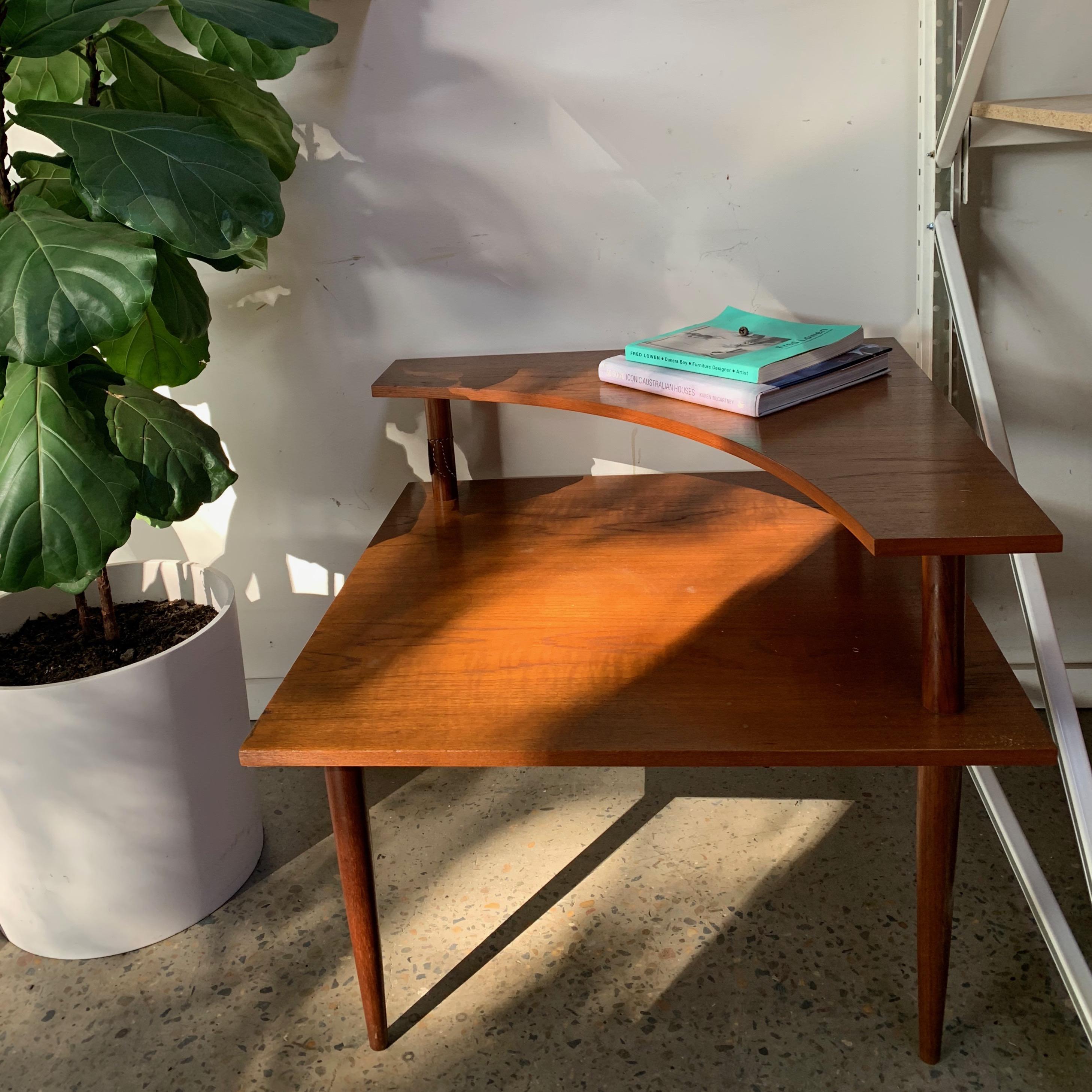 Parker corner table
