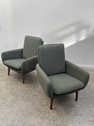 Danish De Luxe 'Ziva' armchair/pair