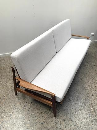 Fler 'Narvik' fold out sofa