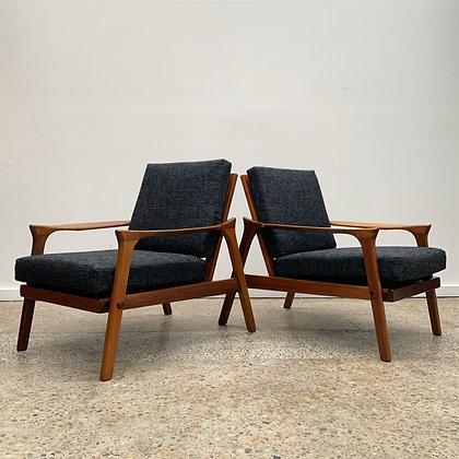 Danish Deluxe 'Inga' armchairs | Pair