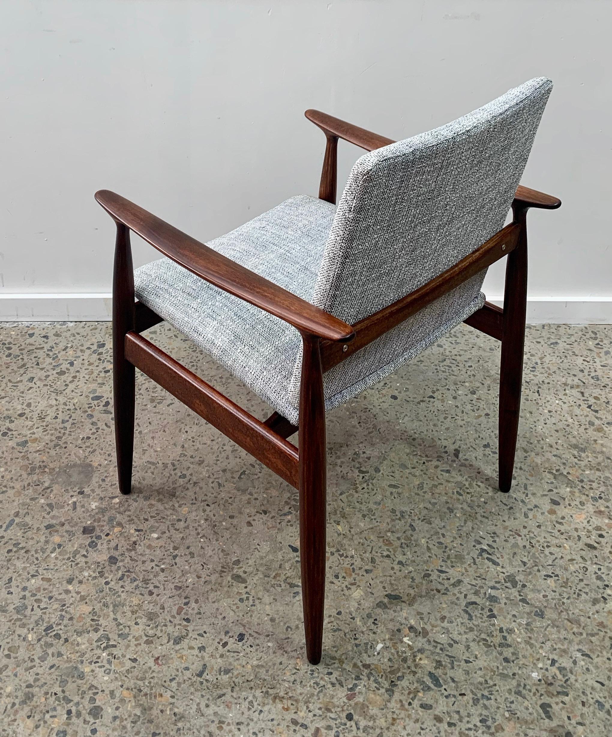 Single Parker chair