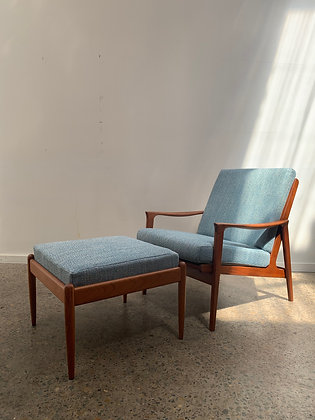 Parker armchair with footstool