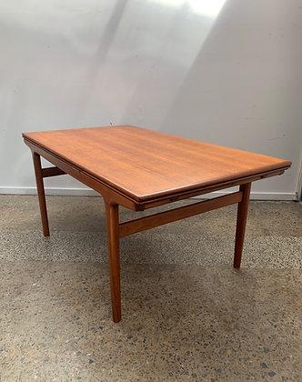 Johannes Andersen Dining Table/Berryman