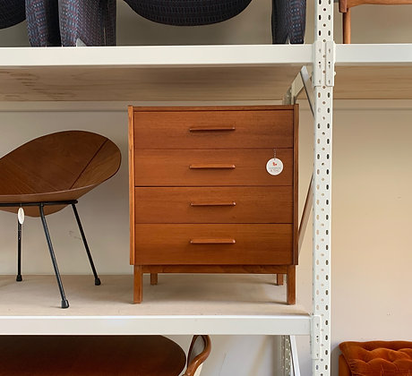 Parker small chest of drawers