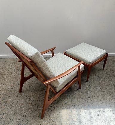 Parker armchair + footstool