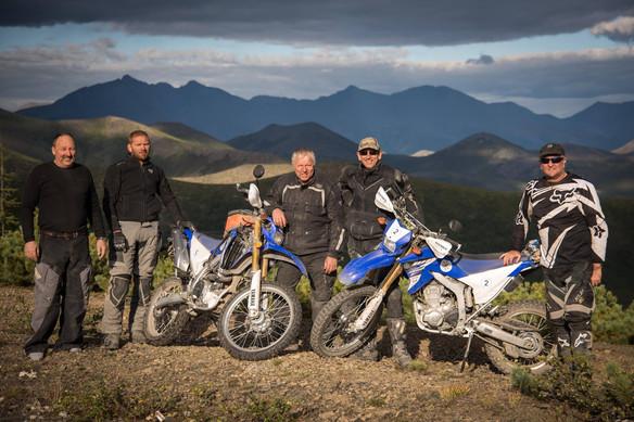 hard moto tours team