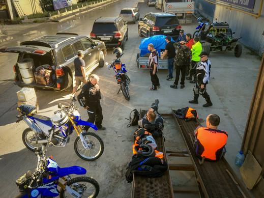 moto base camp yakutia