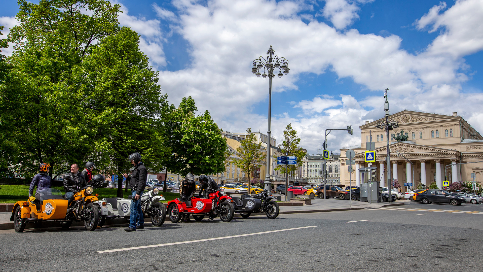Moscow day tours with URAL MOTOTRAVEL