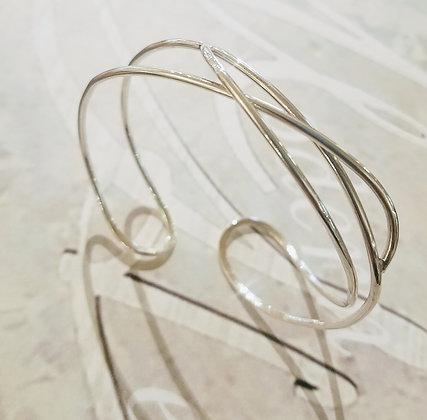 ocean current bracelet