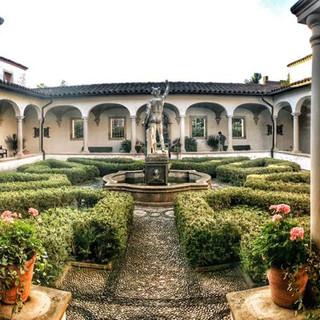 Villa Terrace Courtyard