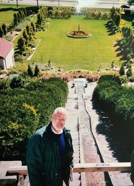 Dennis Buettner at Villa Terrace