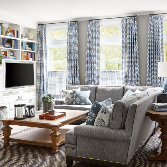 Lake Bluff Family Room
