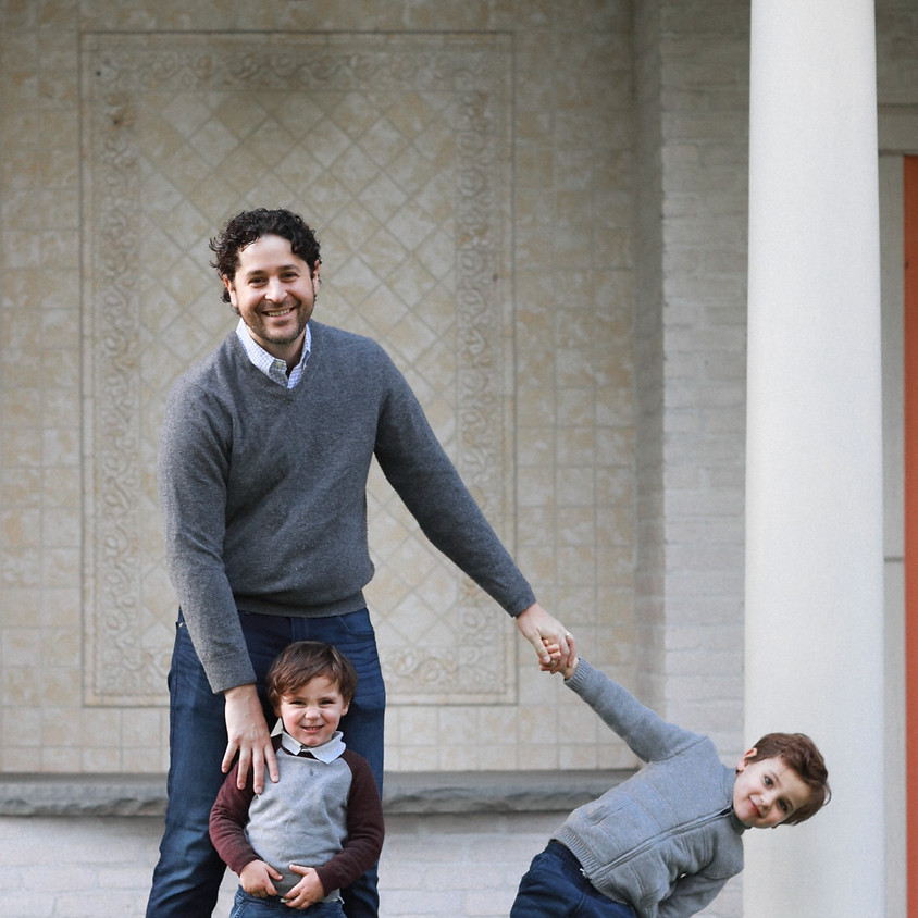 Father's Day Family Photo Sessions at Villa Terrace
