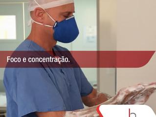 O que passa na mente de um cirurgião antes de iniciar uma operação?