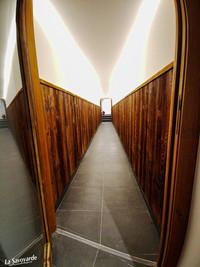 Couloir en boiserie
