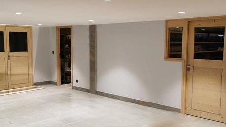 Garage et portes en bois