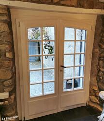 Fenêtre cintrée à petits bois