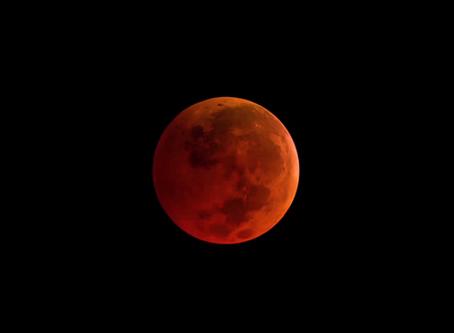 Observe o mais longo eclipse lunar do século 21 e a oposição de Marte no IFSP de Itapetininga