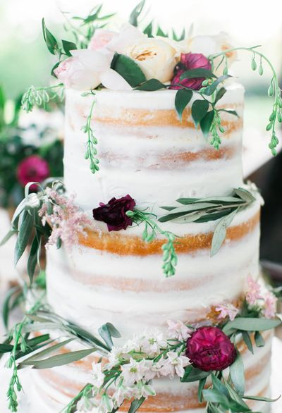Uncomplicated BoHo Wedding Cake
