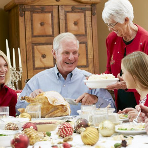 12 Changes in Elderly Relatives to Look for at Thanksgiving