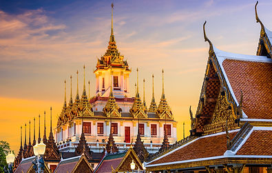 Wat-Ratchanatdaram-in-Bangkok.jpg