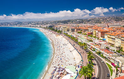 Nice-Beach-Promenade-In-Old-City.jpg
