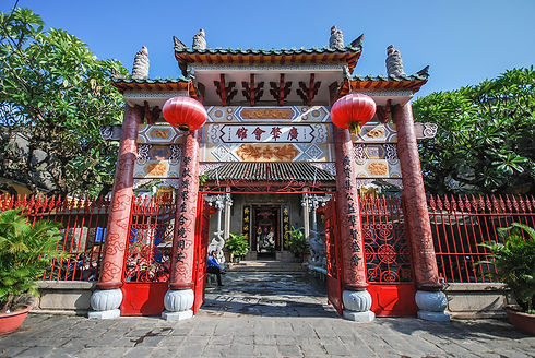 Pink-Gate-Of-Temple-In-Hoi-An-Vietnam.jp