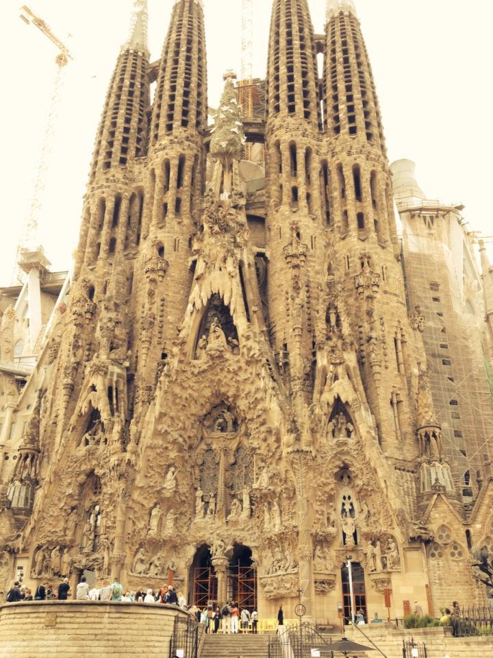 Sagarda Familia Barcelona
