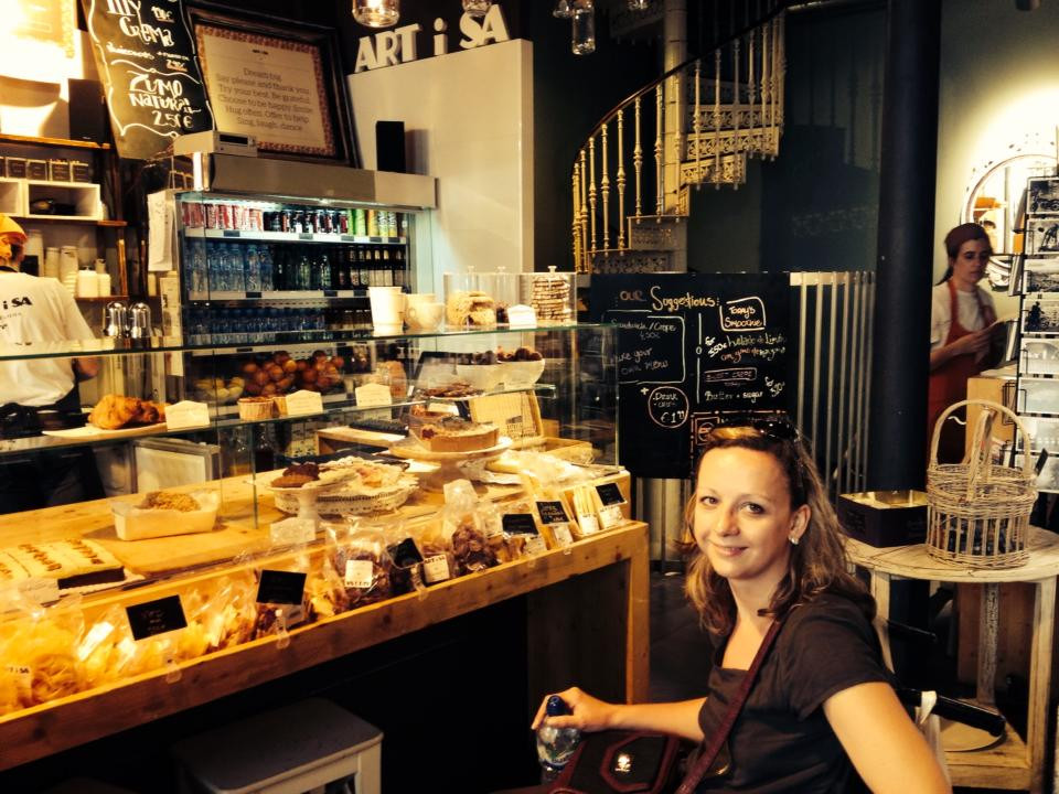 Carrie-Ann Lightley Disabled Travel Blogger in a Barcelona bakery