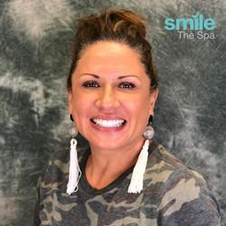 Gina smiling Kör Whitening
