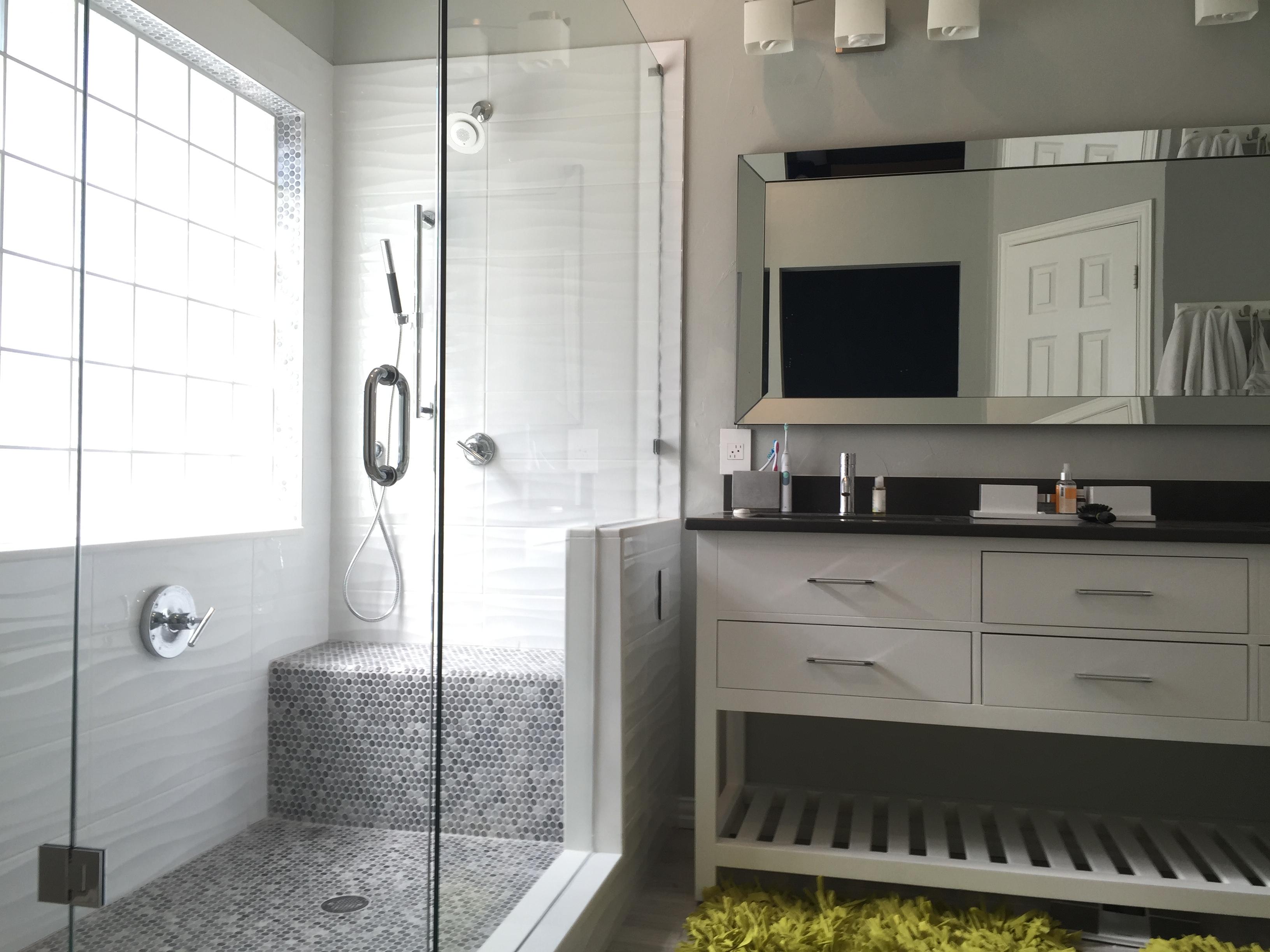 Frisco shower and bathroom