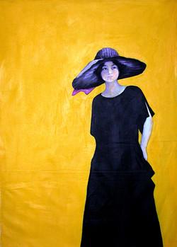 Robe noire fond jaune