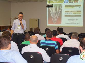 UFSCar divulga clones promissores, novas variedades e próximas liberações em evento para técnicos e