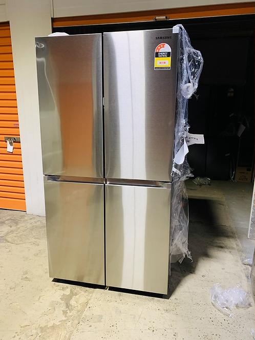 Samsung 648L French Door Fridge Auto ICE Maker & Water Dispenser [2021 Model]