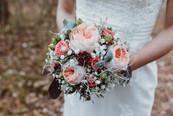 rund gebundener Brautstrauss