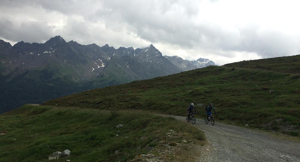 Just before it rained - mountain biking in Ishgl, Austria