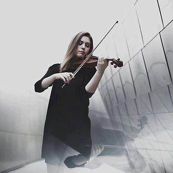 Emily Lenck || Violinist