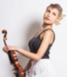 Chrysanthe Tan || Violinist/Violist