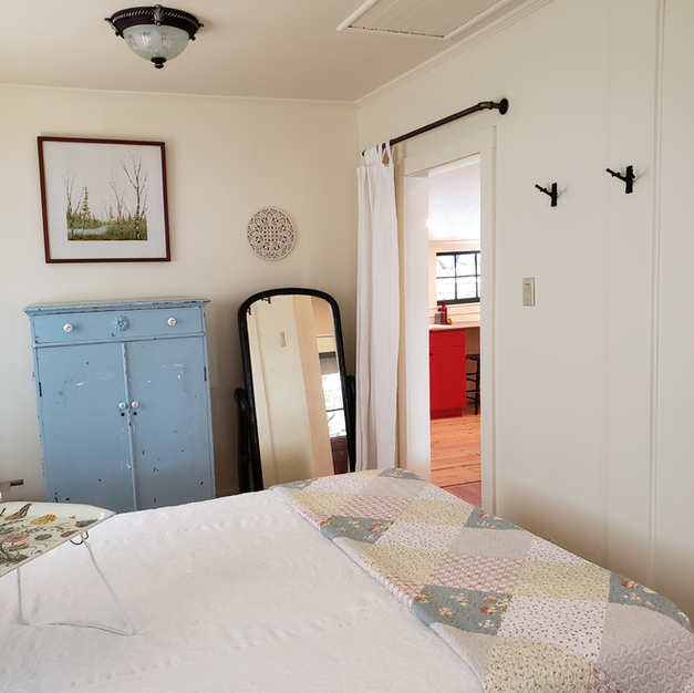 Bedroom daytime