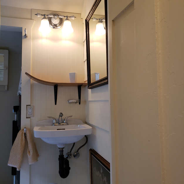 Birdhouse bathroom vintage waterski shelf